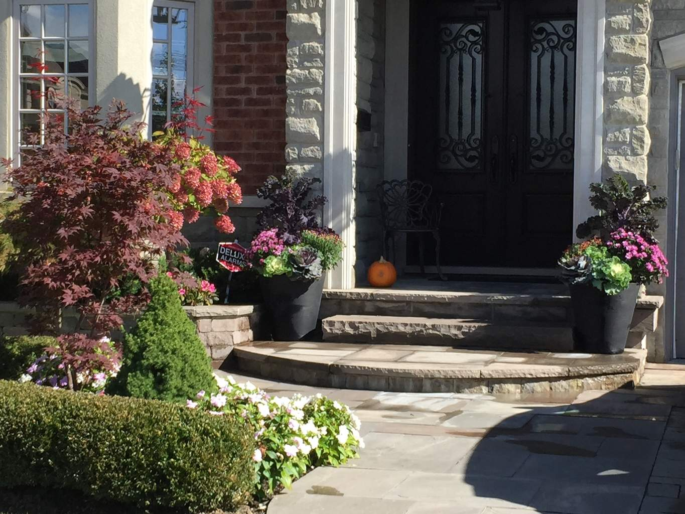 Seasonal planters for fall